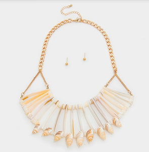 Tamiya Shell Bib Necklace