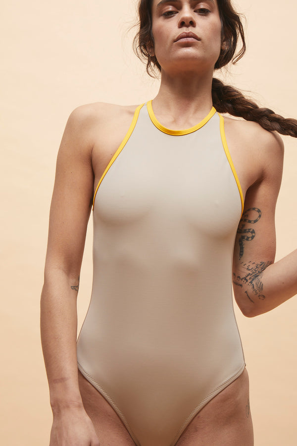 ADA ONE PIECE BEIGE SPRINT