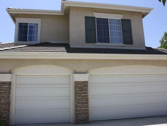 Single Family House in Thousand Oaks