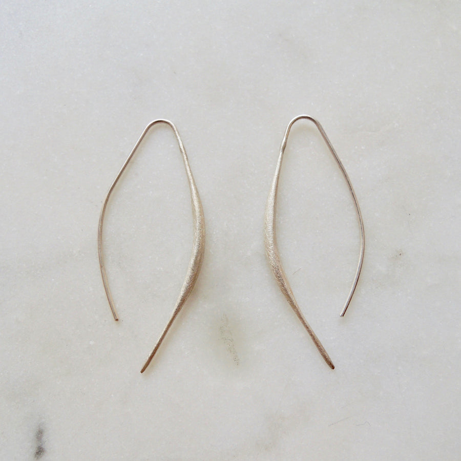 Curved Bar Earring Silver