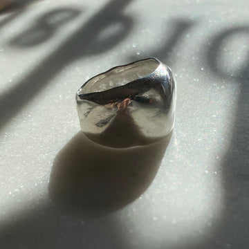 Wide Fluid Ring Silver