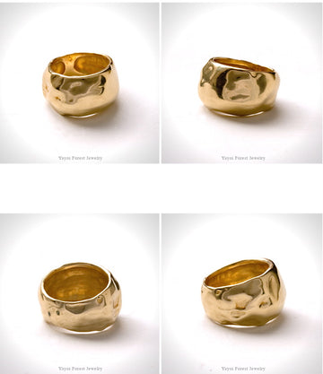 Wide Fluid Ring Gold