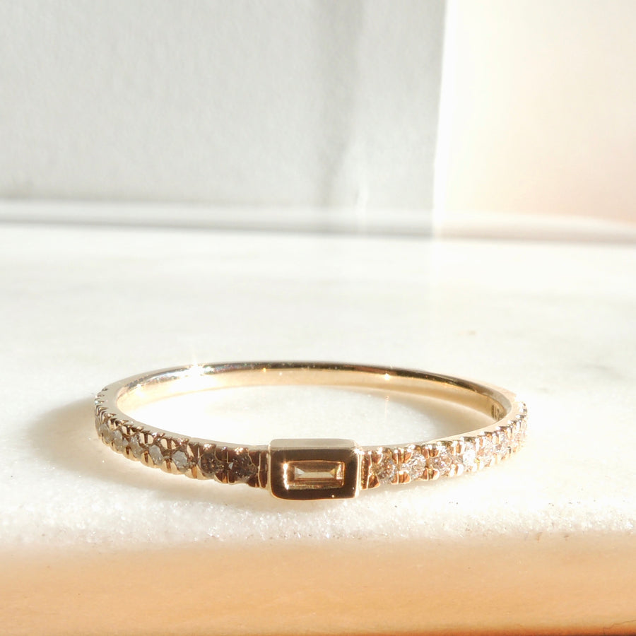 Mikage Baguette Diamond Band
