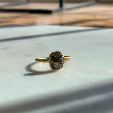 Kawara Grey Diamond Ring