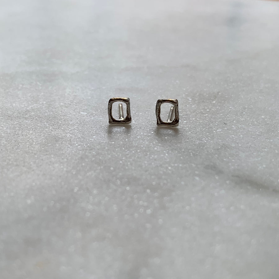 Silver Mini Stud Earrings / Rectangular