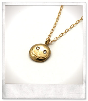 Happy Face Necklace / Gold