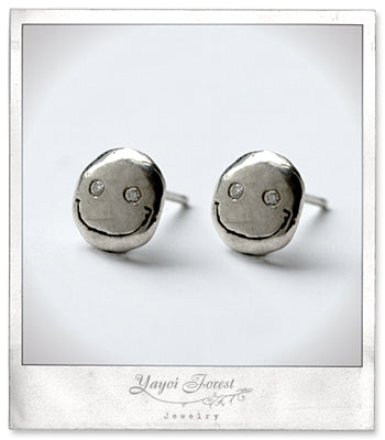 Happy Face Earring with Diamonds