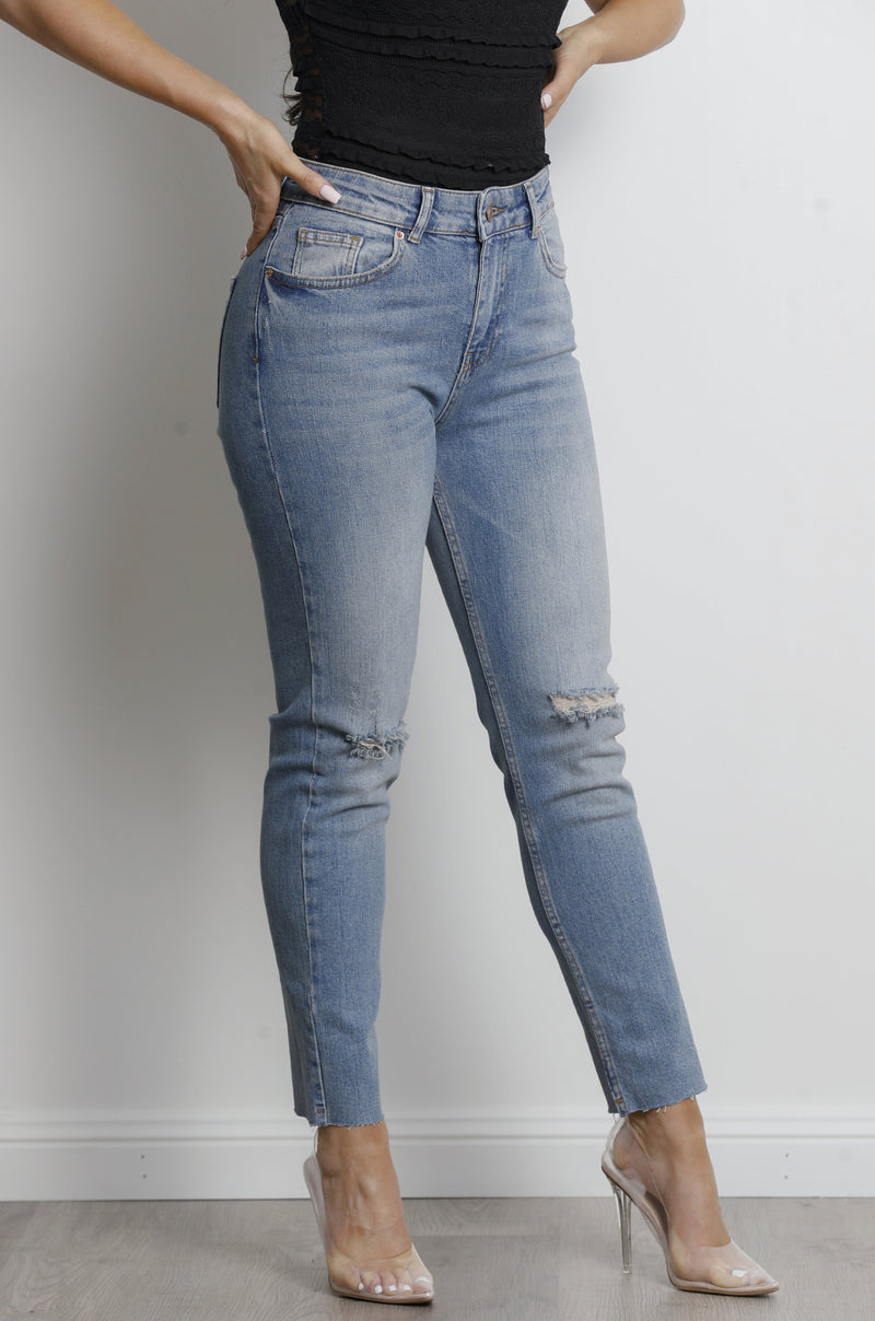 Santana Jeans- Washed denim.