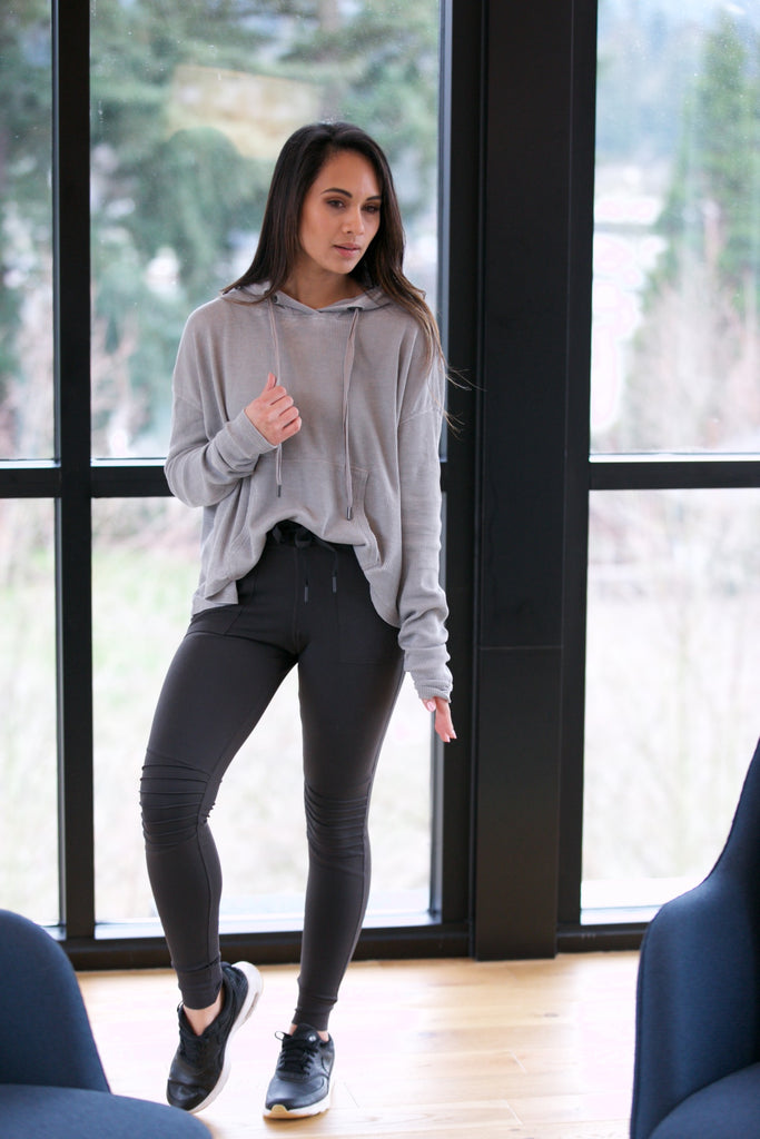 The Shannon Top Light Grey