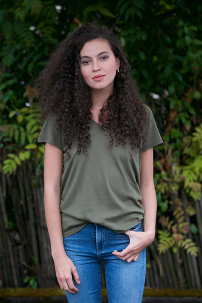 Bobi V-Neck Hi Low Tee