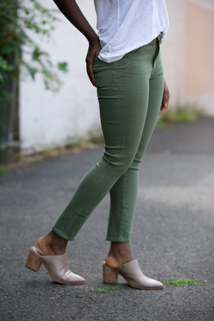 Citizens of Humanity Rocket High Rise Skinny Crop in Canopy Green