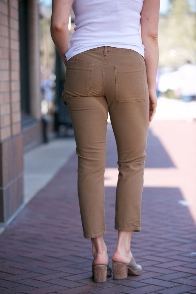 Citizens of Humanity Leah Crop Cargo Low Rise Loose Pant in Umber