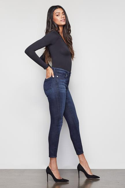 Good American Good Waist Crop in Blue 025