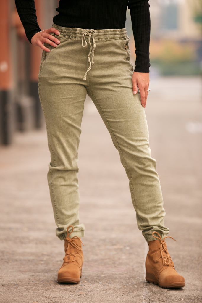 HOLIDAY Zipper Pocket Jogger Pants