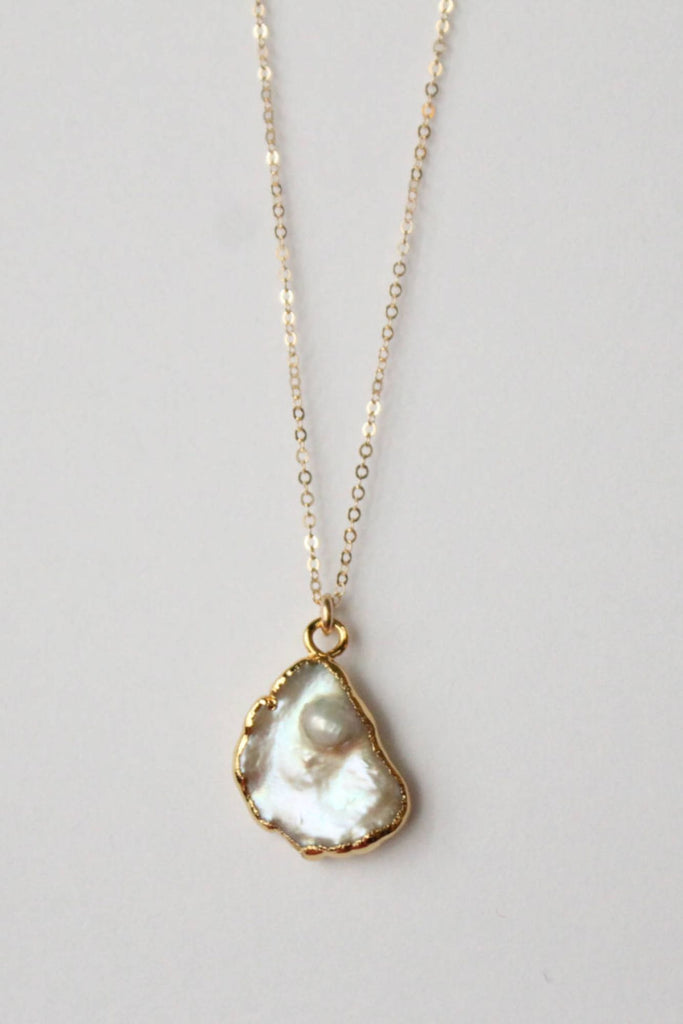 Leslie Francesca Freeform Pearl Pendant Necklace White