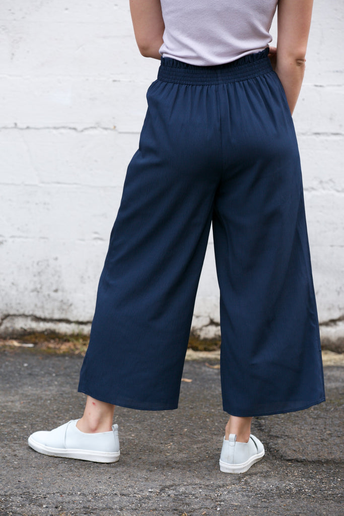 J.O.A Paperbag Wide Leg Pant w/Tie Waist Navy