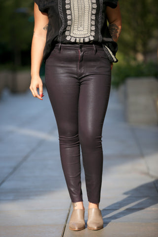 Hudson Nico Midrise Crop Super Skinny in Black Wax