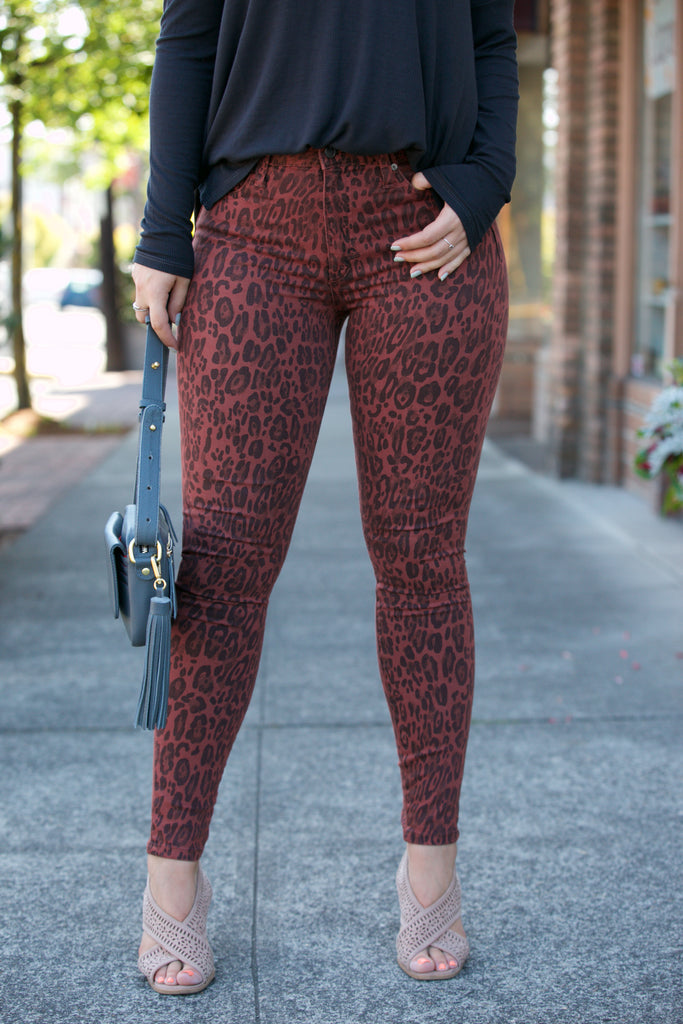 JOE'S JEANS The Charlie Ankle in Twisted Leopard Sequoia