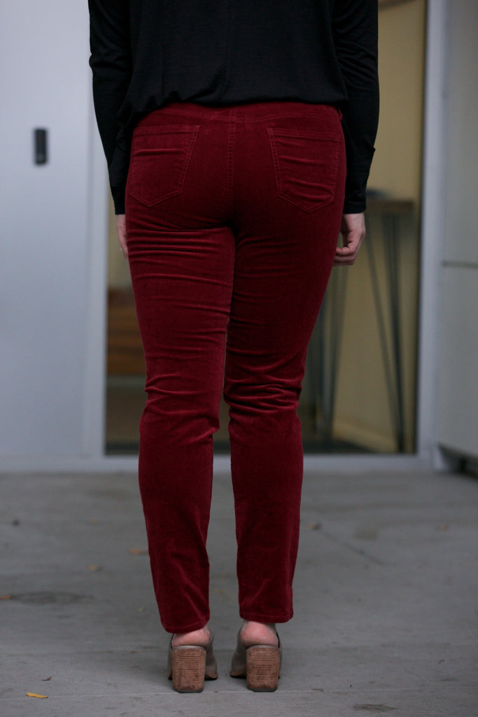 Kut from the Kloth Diana Corduroy Skinny in Pomegranate