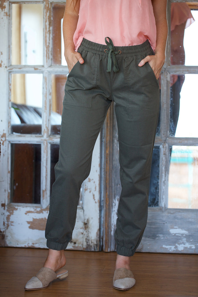 Lilla P Twill Jogger in Earth