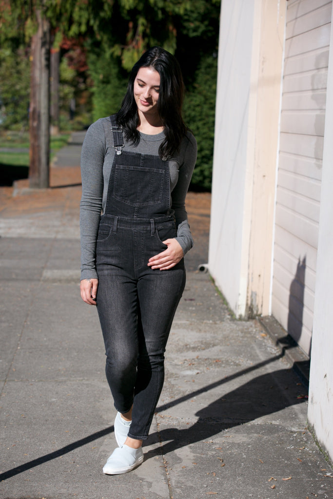 LEVI'S Skinny Overalls in Lay Over Lay Over