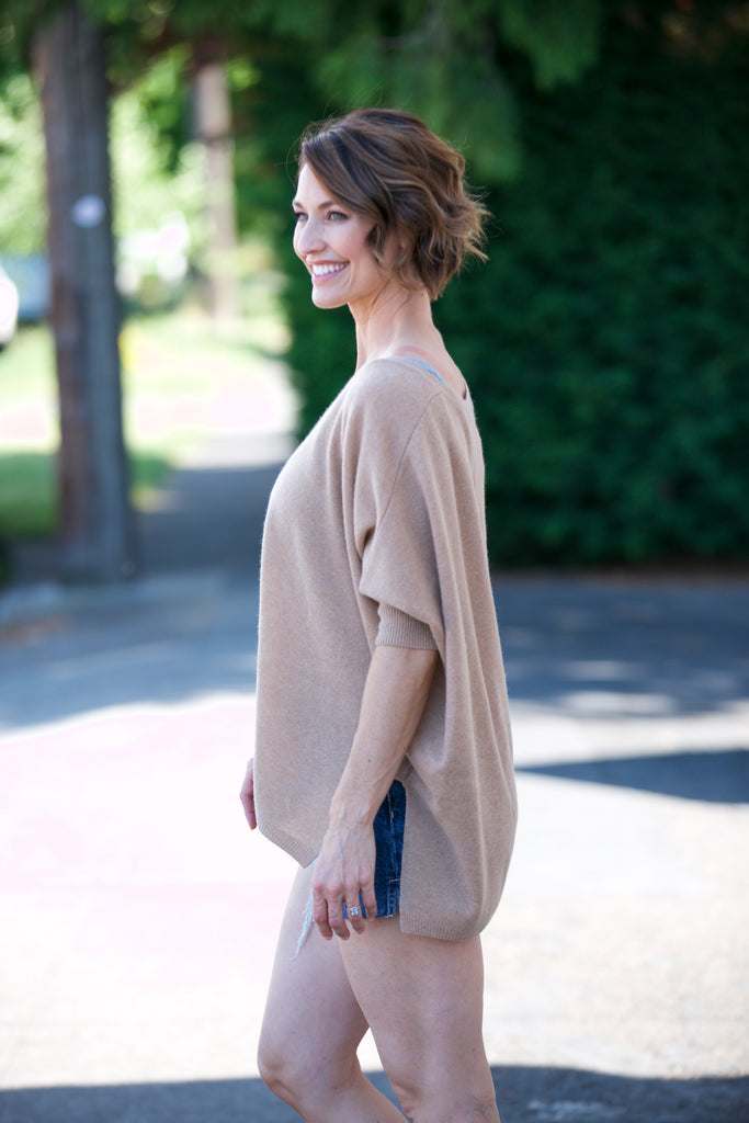 MINNIE ROSE 3/4 Sleeve V-Neck Pow Wow Top in Camel