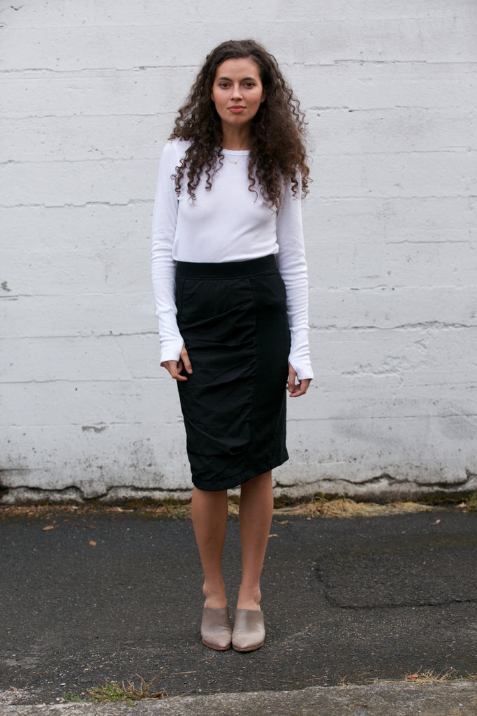 Prairie Underground Motive Skirt in Black