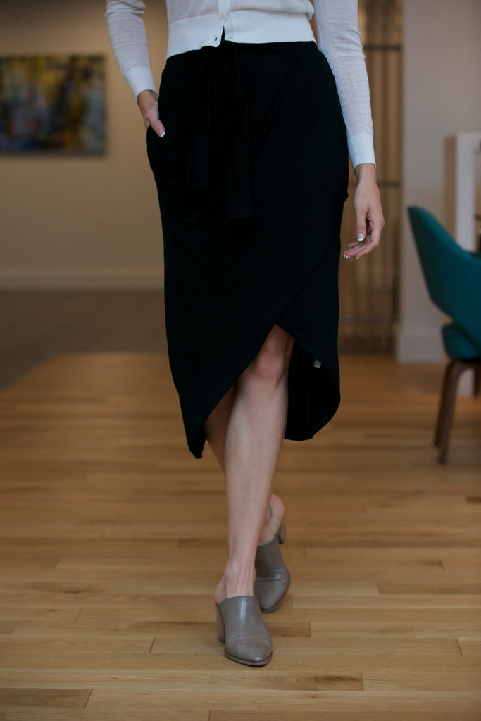 SARAH LILLER SF The Eloise Skirt Black