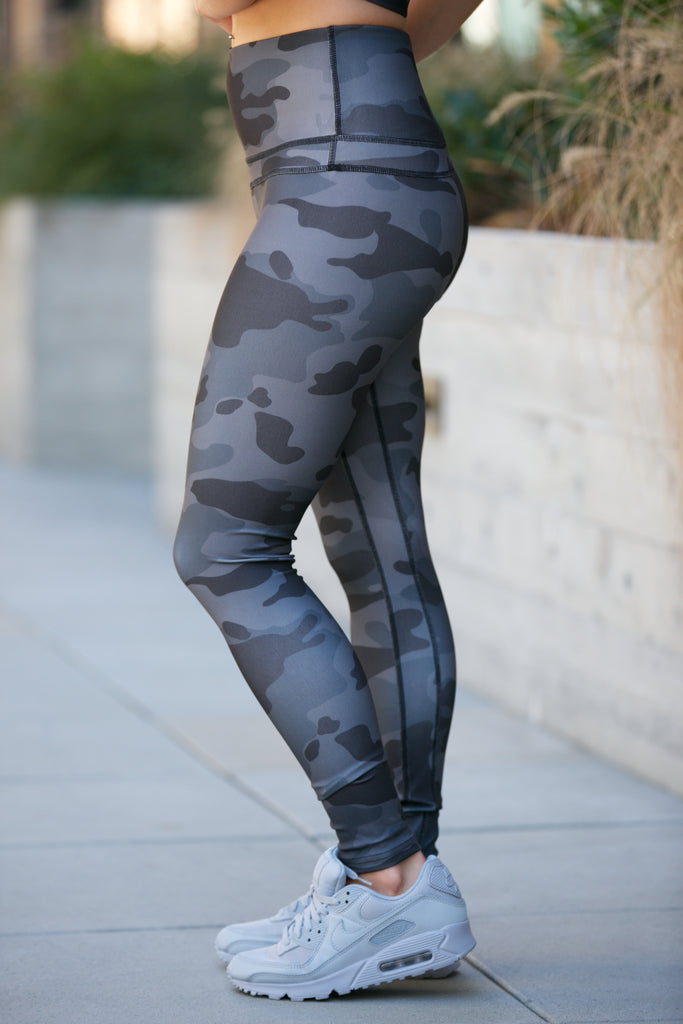 Shine Camo Leggings