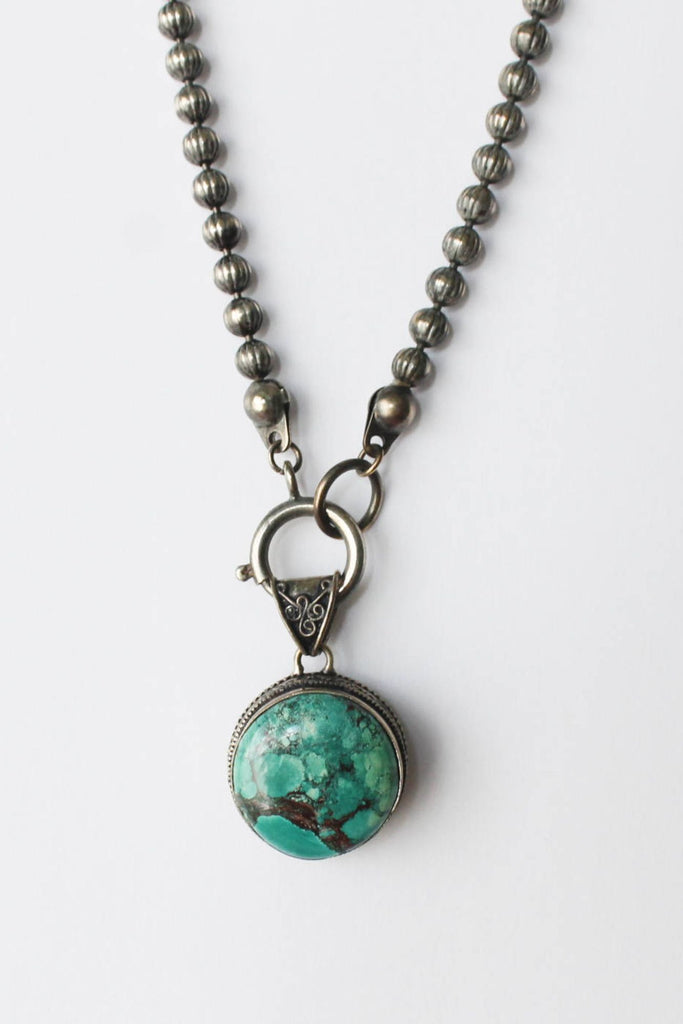 zoWEE Jewels Short Chain Necklace w/Gemstone Pendant