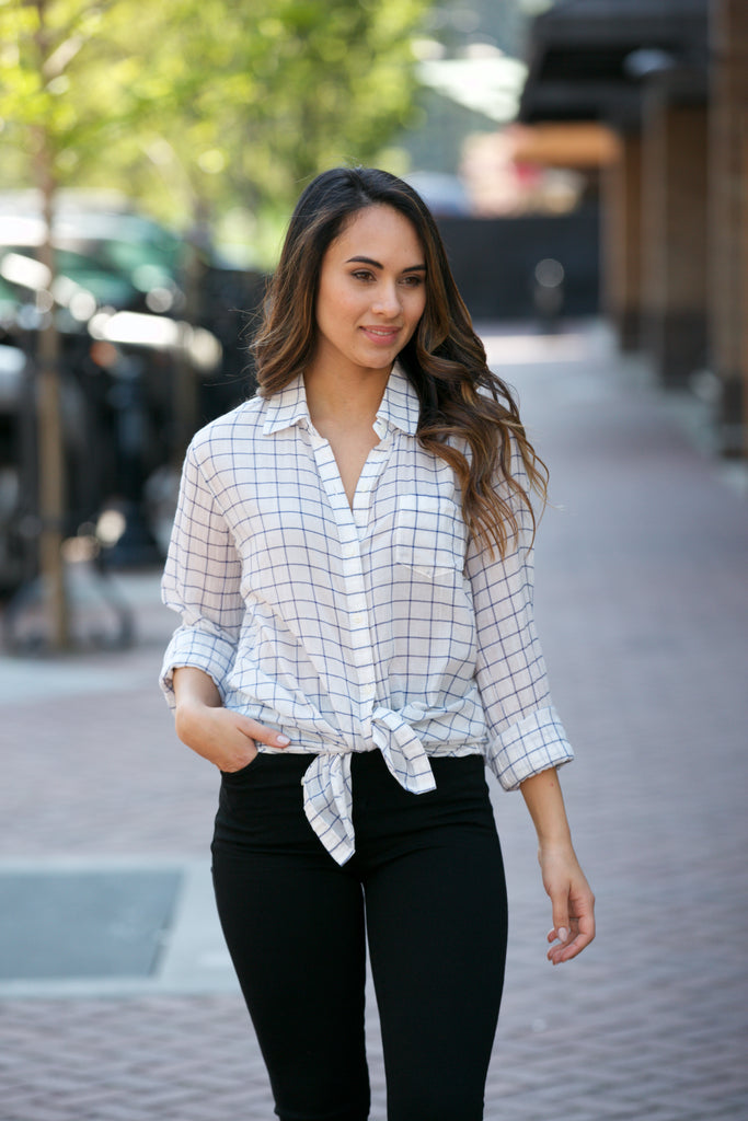 Birds of Paradis by Trovata Grace Classic Shirt White Windowpane