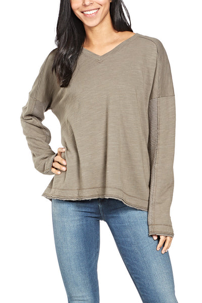 Heather By Bordeaux Rib Panel V-Neck Top in Deco