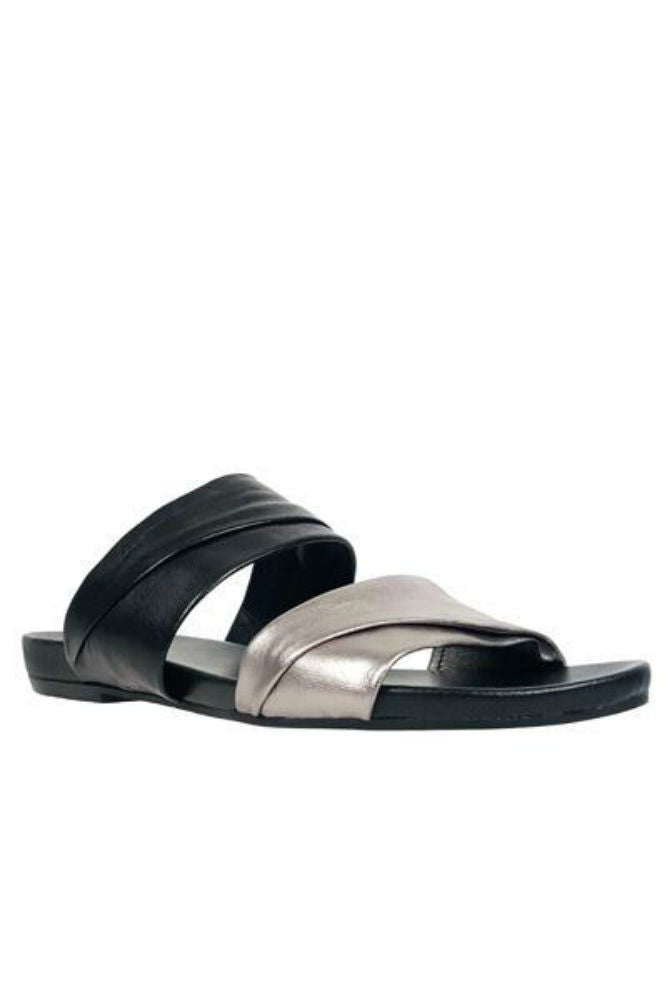 Rebels Scout Slide in Black/Pewter - FINAL SALE