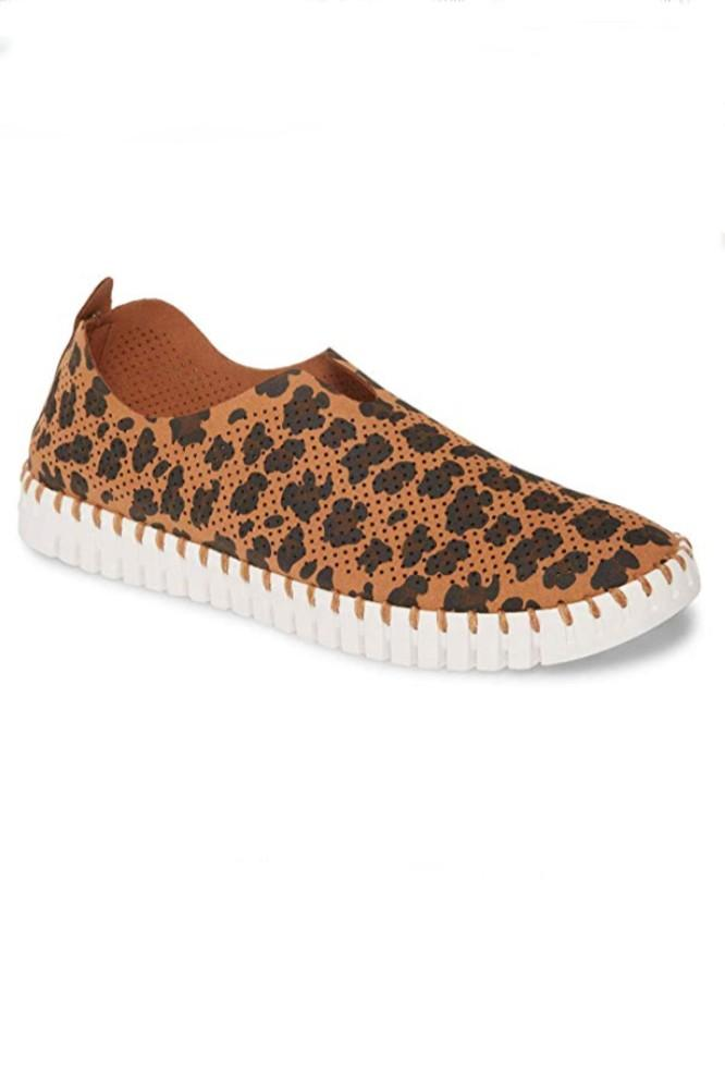 Ilse Jacobsen Specialty Tulip Slip-On w/White Sole in Light Chestnut