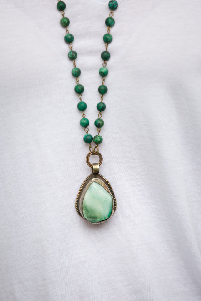 zoWEE Jewels Matte Teal Jasper Beaded Pendant Necklace