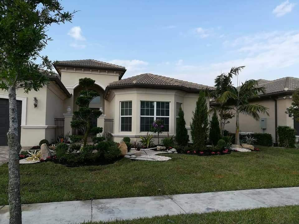Front Yard Landscaping Installation In Boynton Beach
