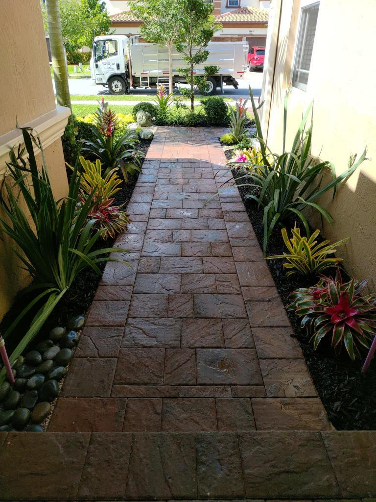 Before And After Front Yard Landscaping In Parkland (Miralago)