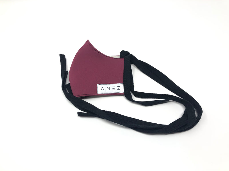Neoprene fitted face mask in Burgundy