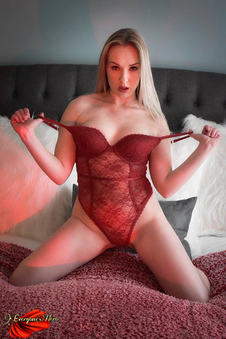 Red Champagne <br />(2 Sets Available)