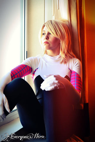 SpiderGwen<br />(60 Photos)