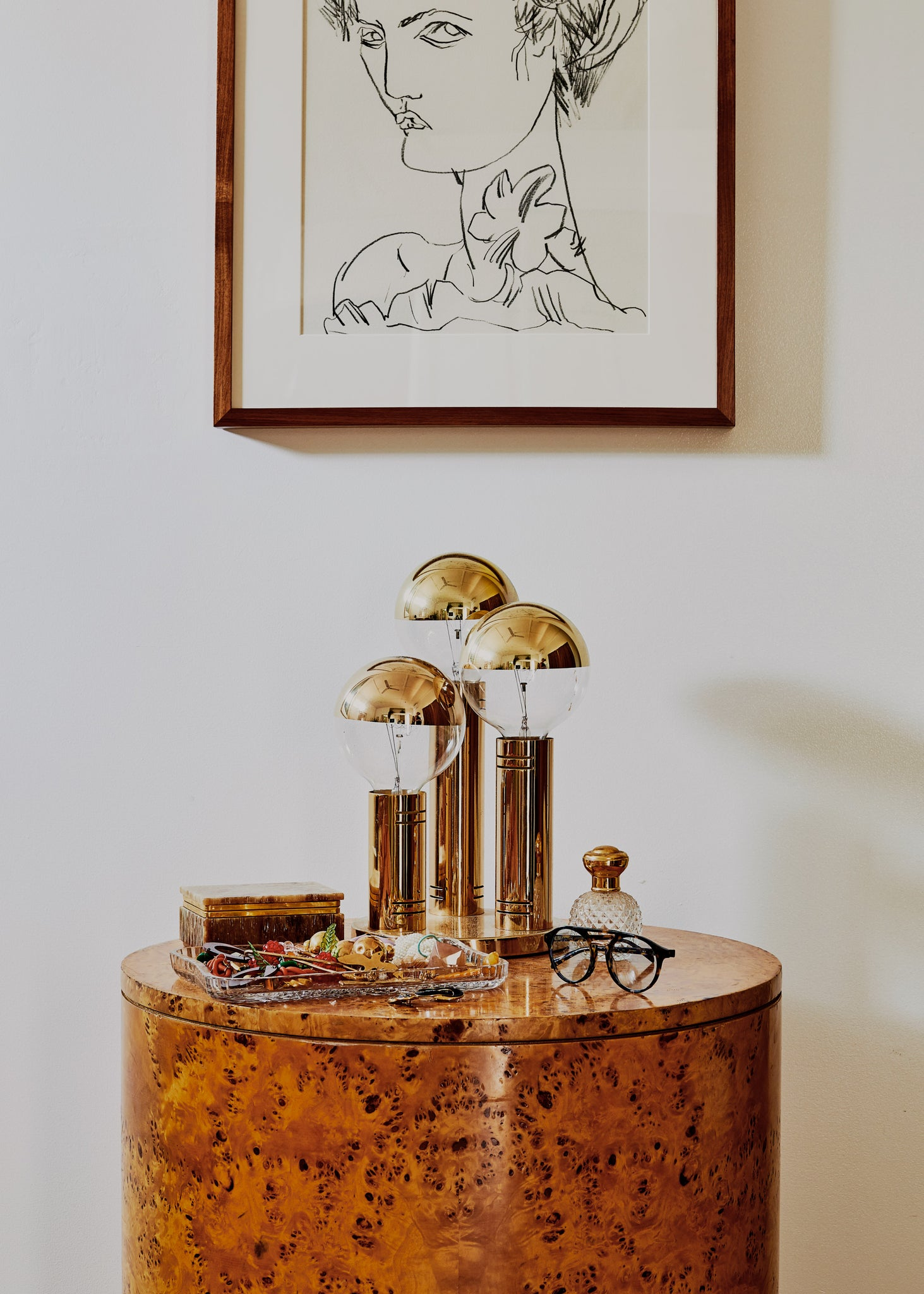 Melbourne Illustrator Kelly Thompson at home for Bed Thread journal/ Interior Design melbourne