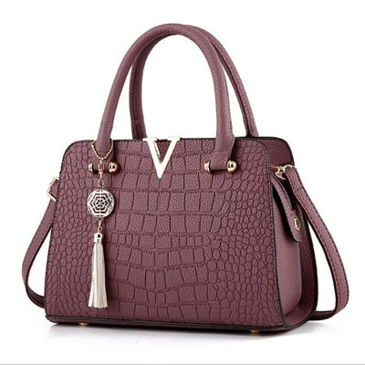 Woman Fashion Crocodile Leather V Letters Designer Handbags - Attract Wear