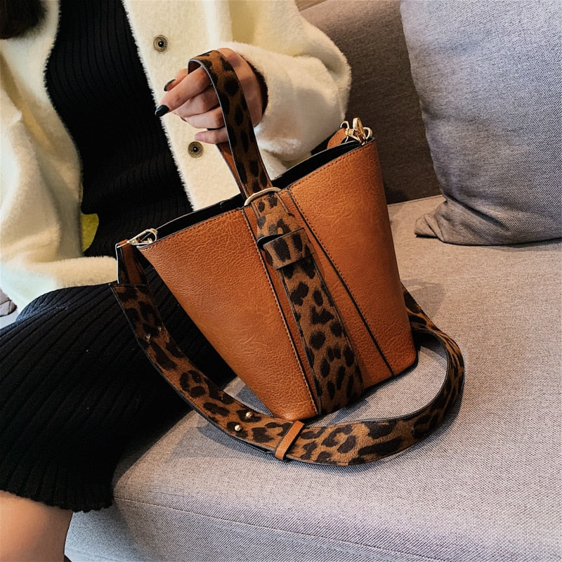Top-handle Luxury Leopard Print Handbag - Attract Wear