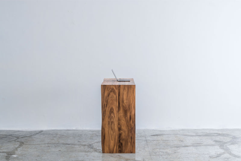 omós Live Edge Walnut Waterfall Bar Table 胡桃木Live Edge木邊吧檯