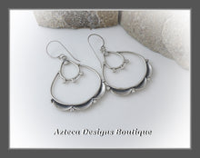 Load image into Gallery viewer, Scalloped Lace+Hand Fabricated Argentium Silver+Earrings