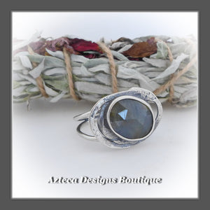 Rosecut Natural Blue Sapphire Ring+Size 10+Argentium Silver Hand Fabricated Antique Finish
