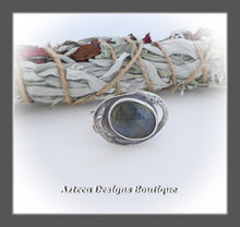 Load image into Gallery viewer, Rosecut Natural Blue Sapphire Ring+Size 10+Argentium Silver Hand Fabricated Antique Finish