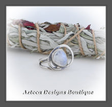 Load image into Gallery viewer, Rosecut Rainbow Moonstone Ring+Size 6.5+Argentium Silver Hand Fabricated Antique Finish