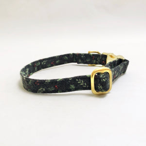 """Silent Night"" Collar"