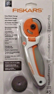 Fiskars 178130 45mm Rotary Cutter Tool With Extra Blades